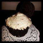 Chocolate OREO peanut butter-buttercream frosting