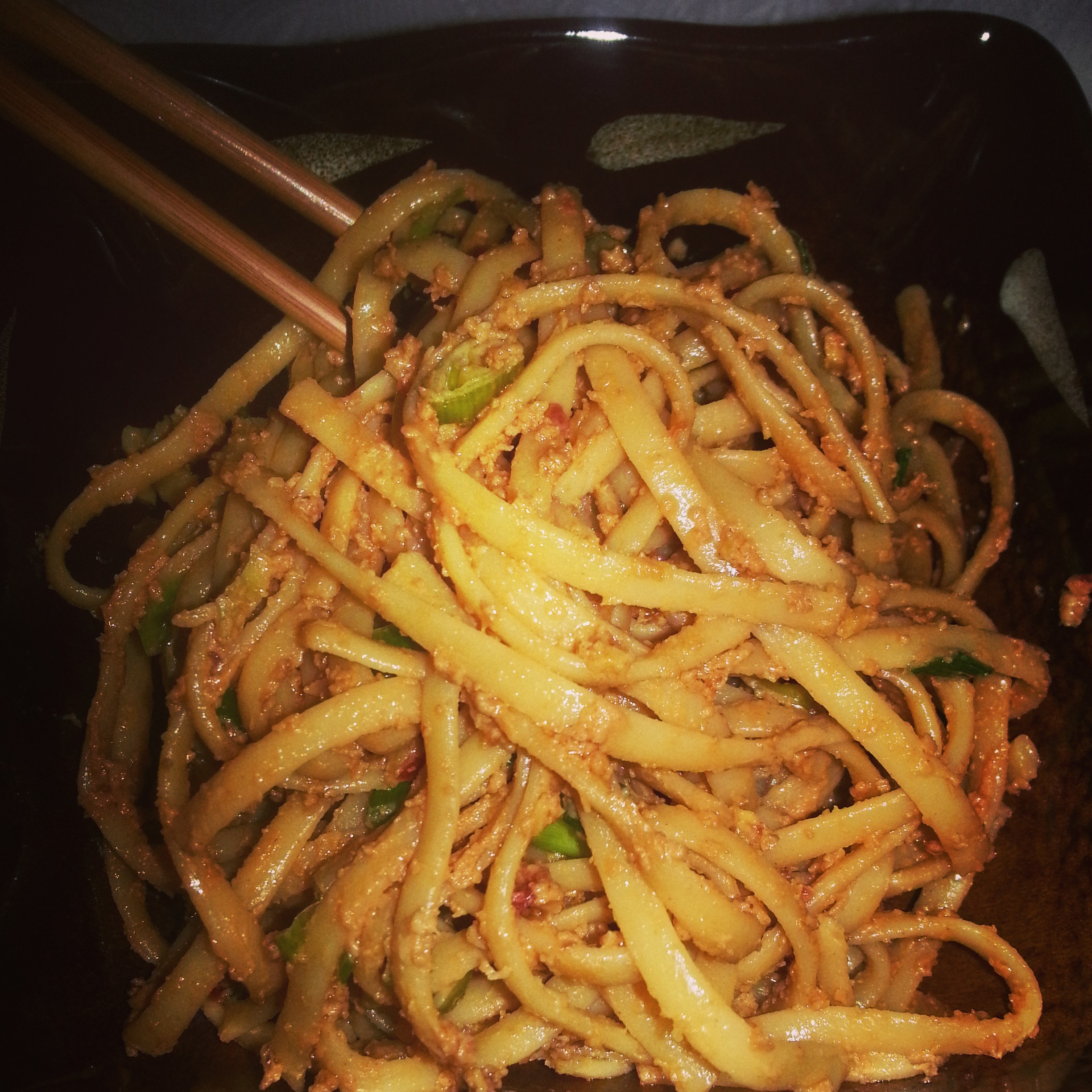 Spicy Chinese Peanut Noodles - MuffinsandMeat